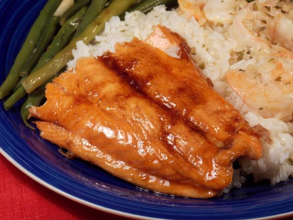 Glazed Salmon With Green Beans