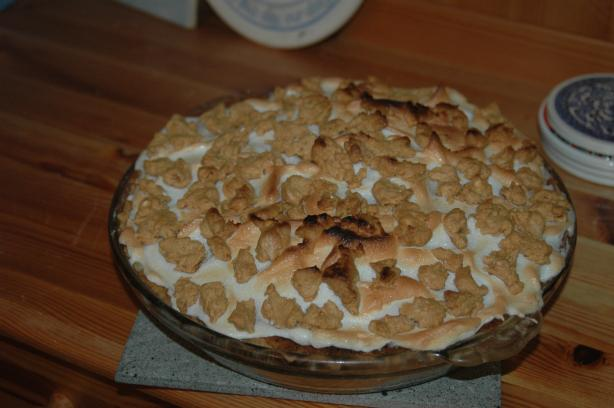 Peanut Butter Pie With Meringue Topping