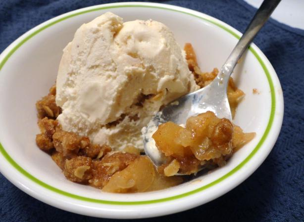 Grandpa's Apple Crisp (Crumble)