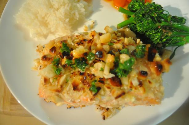 Salmon With a Macadamia Nut Crust