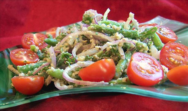 Green Bean and Walnut Salad (Mtsvani Lobios Pkhali)