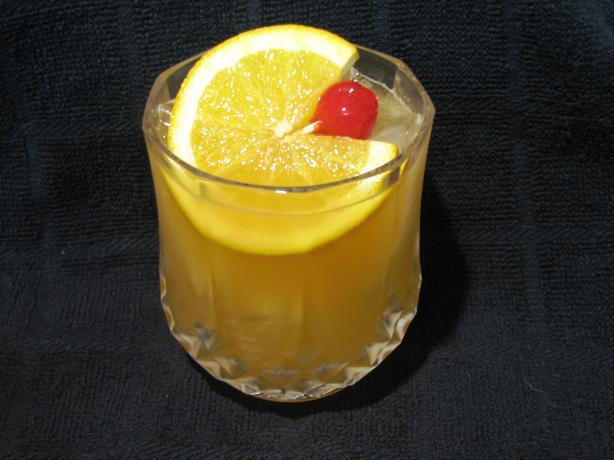 Vallie's Amaretto Sour