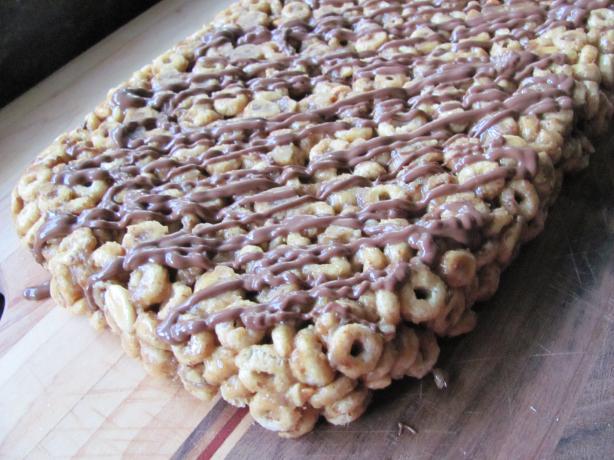 Almond Butter Honey Nut O's Bars