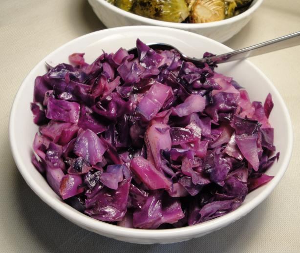 Braised Red Cabbage With Cinnamon