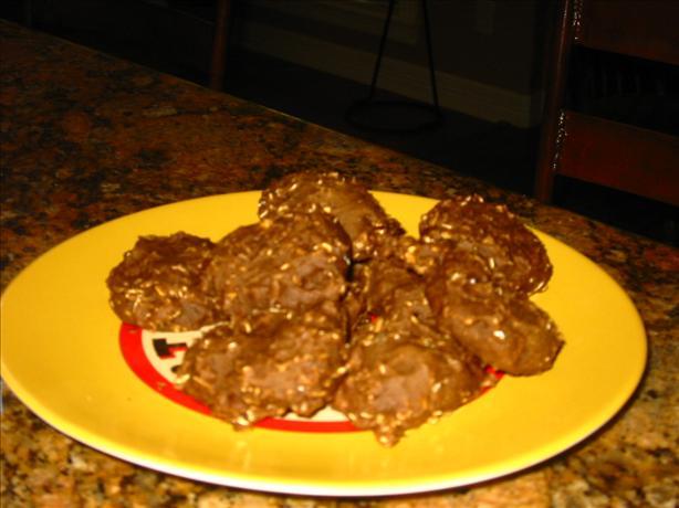Vegan Brownie-Ish Carob Oat Cookies