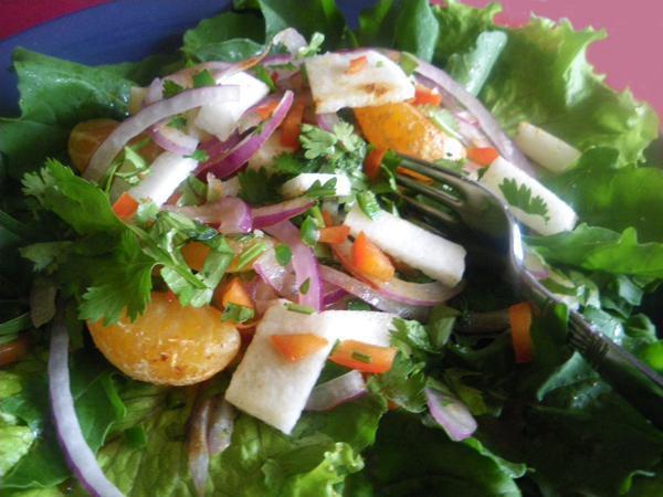 Jicama Y Ensalada Anaranjada Picante (Spicy Oranges & Jicama