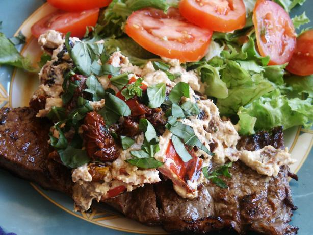 Steak With Red Peppers and Sun-Dried Tomatoes