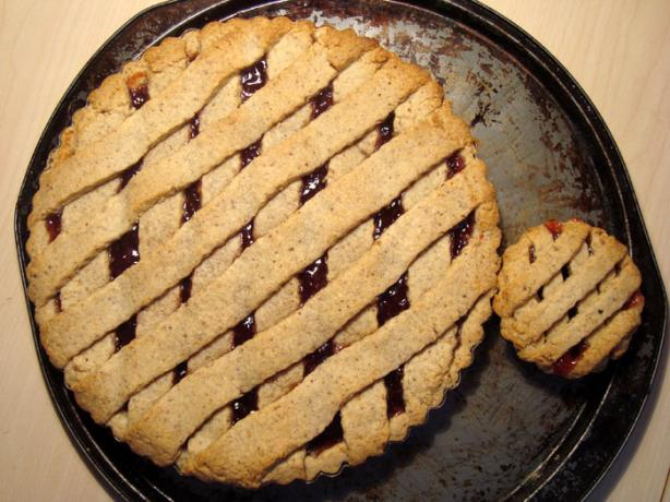 Martha Stewart's Linzer Tart With Lingonberry (Or Raspberry) Jam