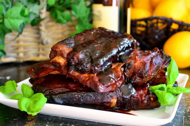 Crock Pot Barbecued BBQ Ribs