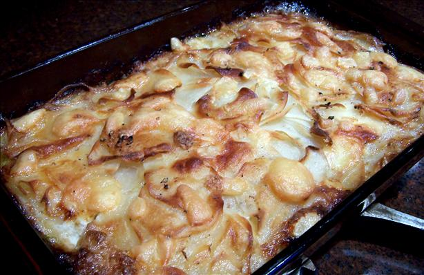 Gratin Dauphinois (Cheese / Cream Potatoes)