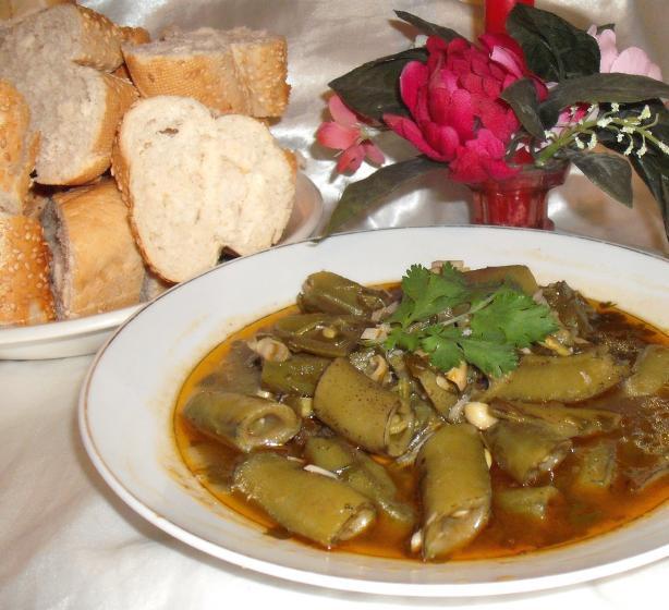 Algerian Broad Beans & Garlic ( Fèves En Sauce )