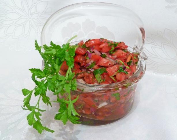 Acili Ezme (Turkish-Style Tomato Dip/Condiment)