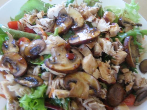 Mushroom and Shredded Chicken Salad