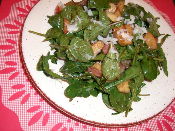 Honeycrisp, Arugula, and Prosciutto Salad