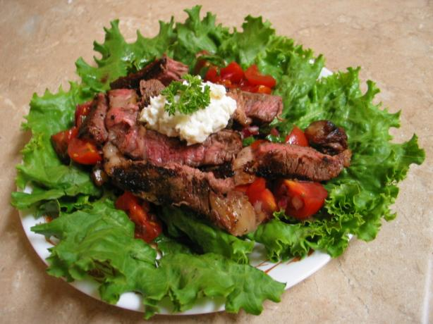 Pepper Crusted Beef With Cherry Tomatoes