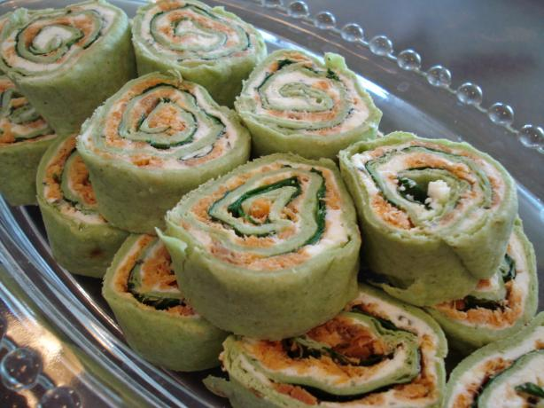 Smoked Salmon Party Roll-Ups