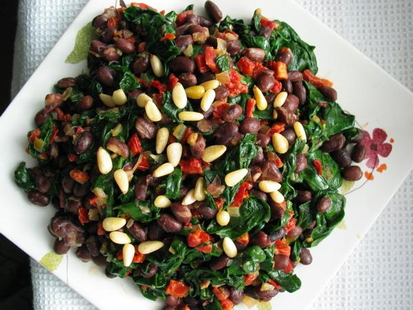 Spicy Black Bean Spinach Salad