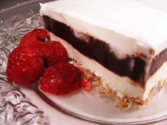 Oh so Yummy Chocolate Gooey Layered Dessert