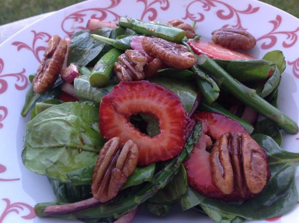 Spinach, Strawberry & Asparagus Salad