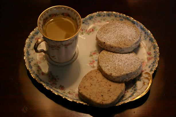 Gullusci Butternut Cookies