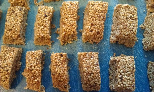 Crunchy Sesame Seed Candy