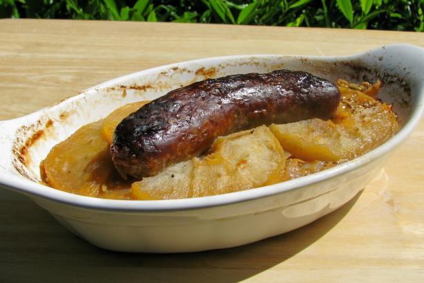 Bratwurst With Apples, Onion, and Sauerkraut