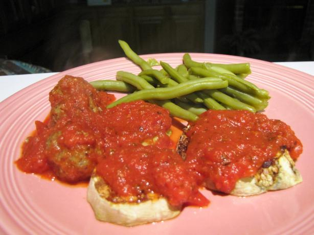 Broiled Eggplant With Tomato Sauce