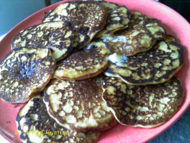 Applesauce Filbert Silver Dollar Pancakes