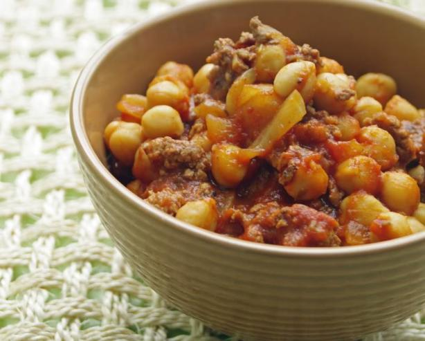 Ground Beef and Garbanzo Bean Casserole