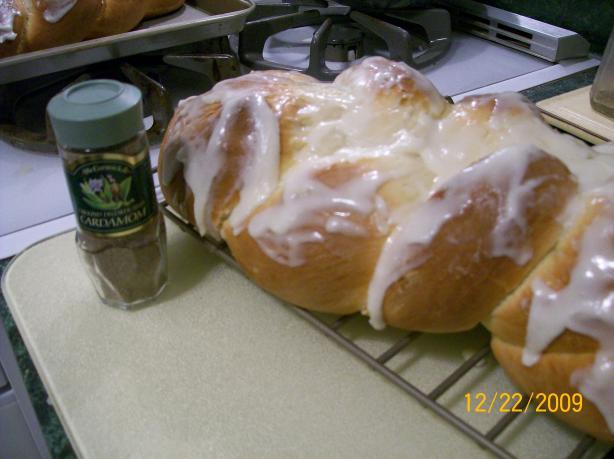 Finnish Nisu - Sweet Bread
