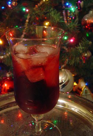 Copycat Applebees Red Apple Sangria