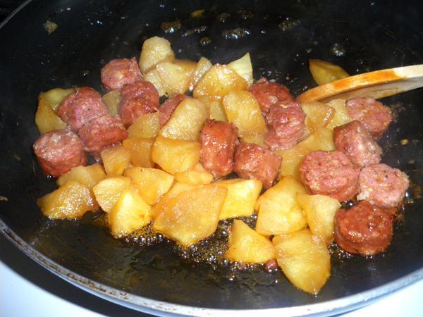 Smoked Sausage and Apples