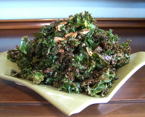 Crispy Everything Kale Chips