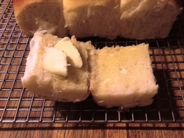 Fluffy Make-Ahead Dinner Rolls(Cook's Country)