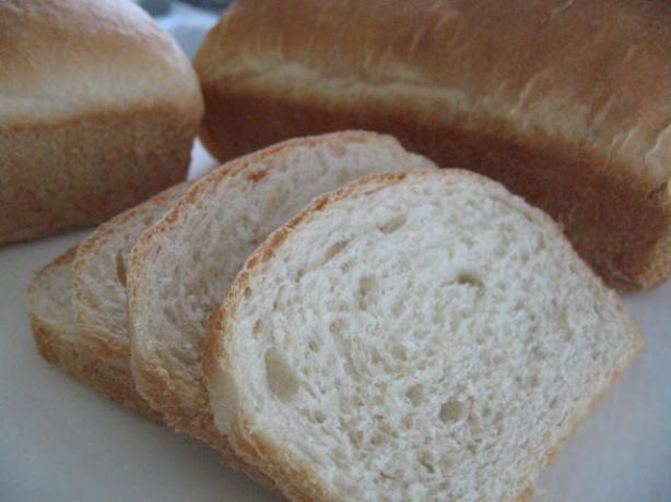 Delicious Homemade White Bread