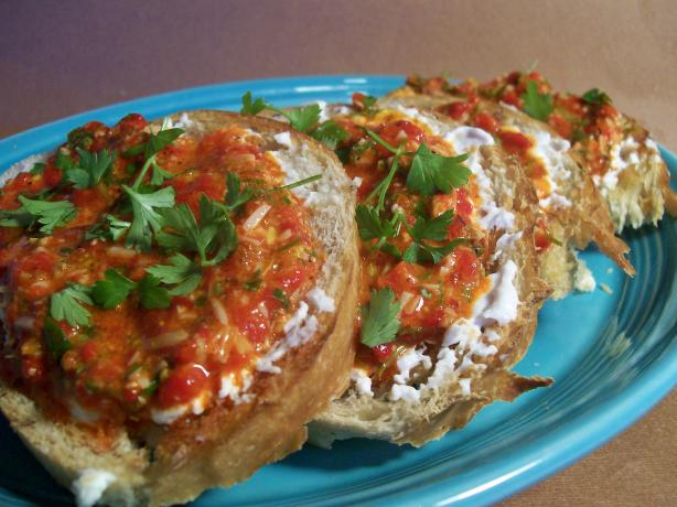 Roasted Red Pepper Pesto Crostini