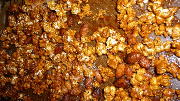 Praline Butter-Pecan Crunch Popcorn