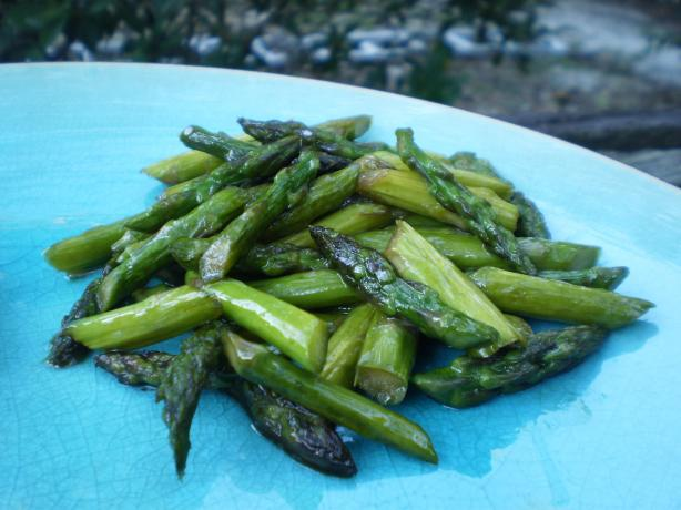 Sauteed Asparagus With Sesame Seeds