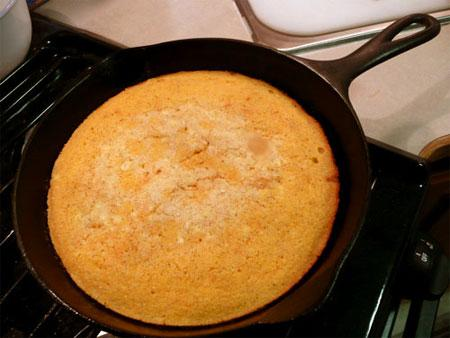 Mom's Buttermilk Cornbread