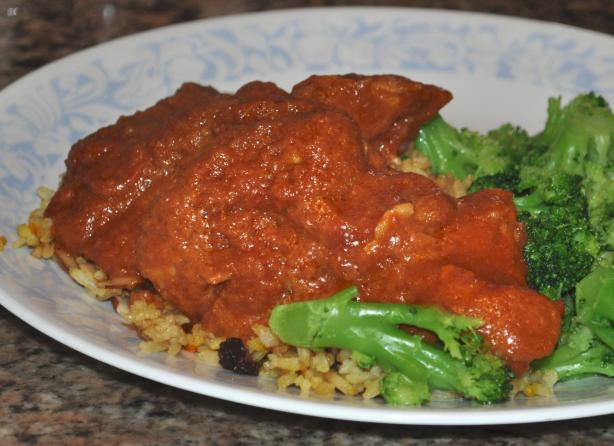 Chicken in Tomato and Coconut Sauce
