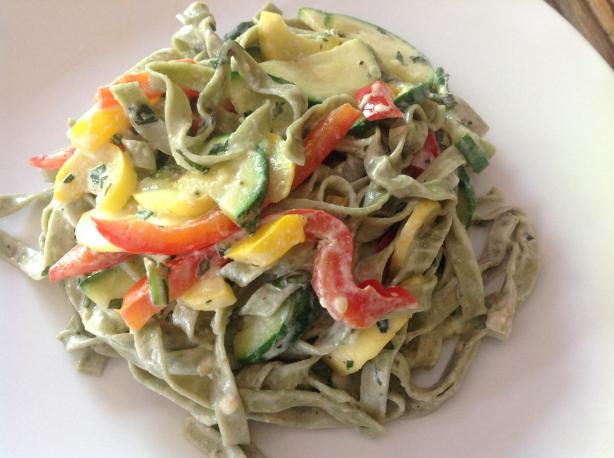 Spinach Fettuccine With Yogurt Cream Sauce