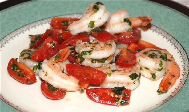 Garlic Shrimp With Basil & Tomatoes