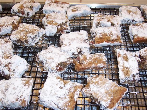 Sarah's Powdered Date Bars