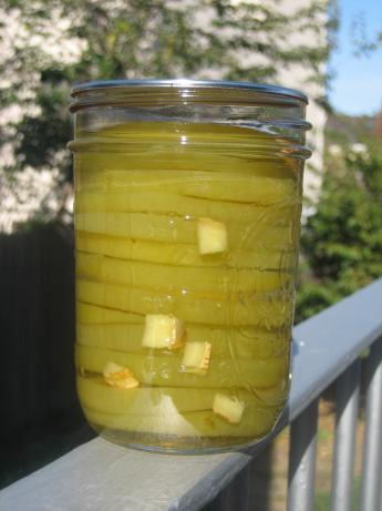 Sweet Green Tomato Pickles (Made With Pickling Lime)