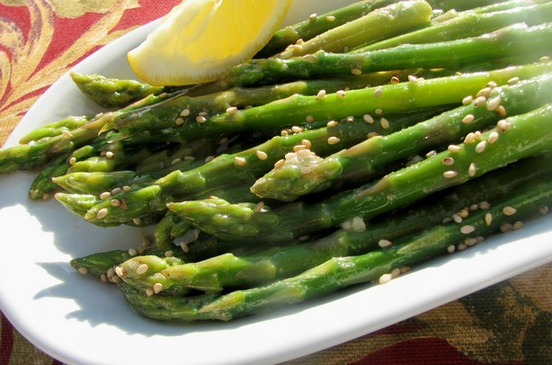 Asparagus With Sesame Oil Vinaigrette