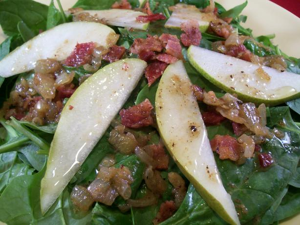 Warm Spinach and Pear Salad With Bacon Dressing
