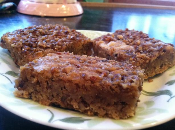 Macadamia Nut Blondies With Caramel-Maple Topping