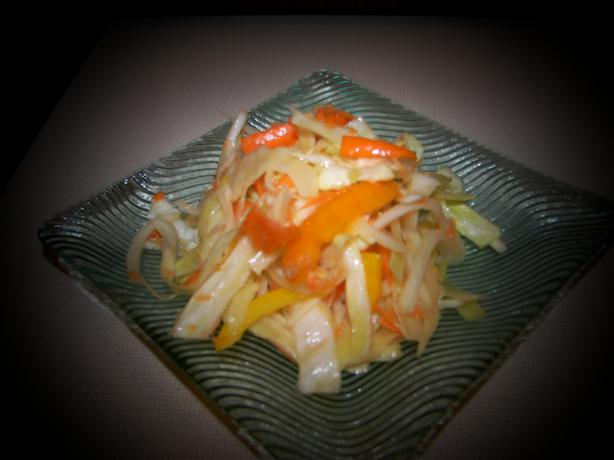 Southern Cabbage Salad With Sweet Onion and Peppers