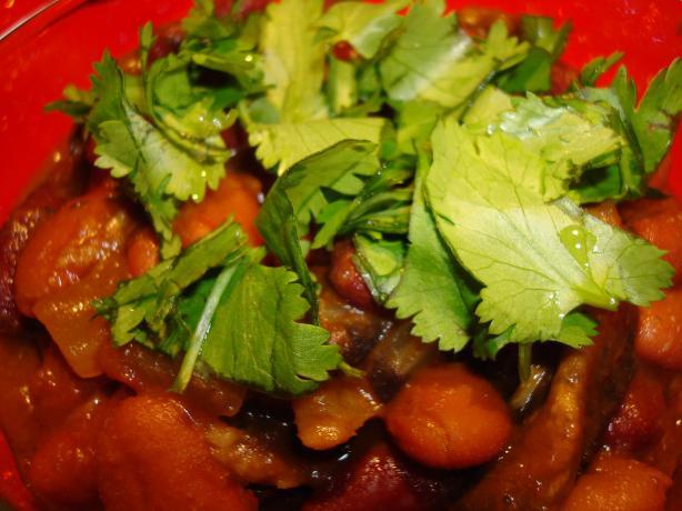 Vegan Kidney Bean and Mushroom Curry