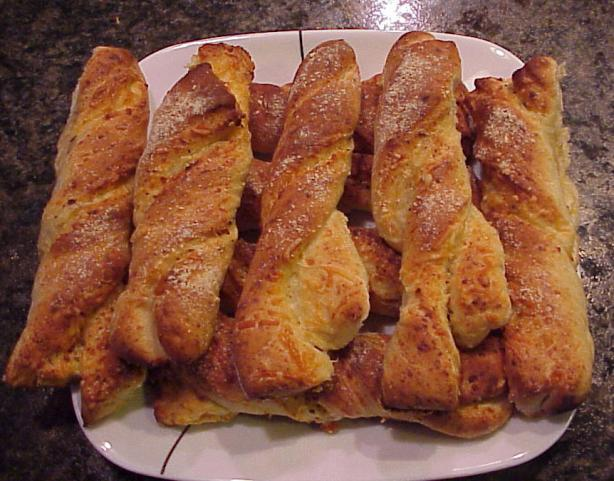 Cheesy Bread Twists